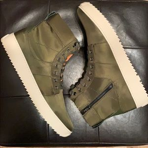 MENS STEVE MADDEN SIZE 13 OLIVE ZIP UP SNEAKERS